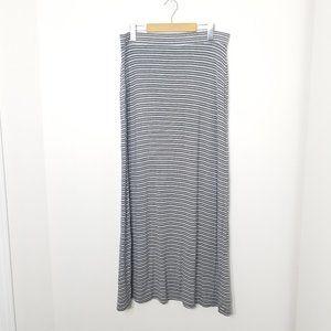 Dalia   Gray White Striped Stretch Maxi Skirt L